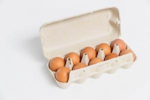Hirsch frische Eier aus Bodenhaltung